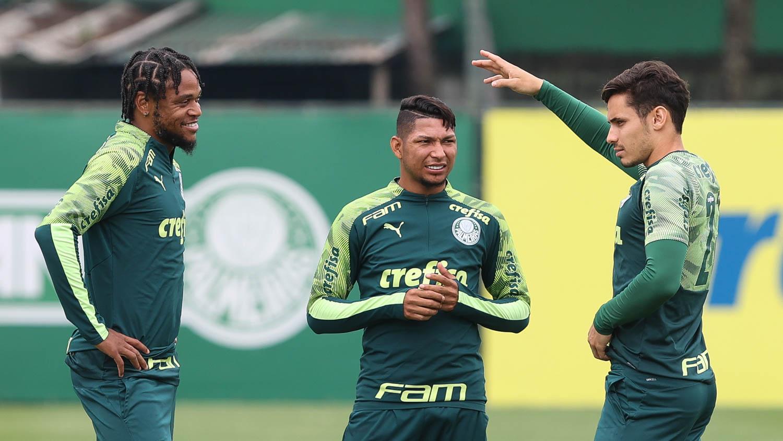 Luiz Adriano será baixa
